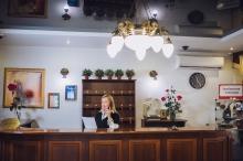 ресепшен отель Гранд